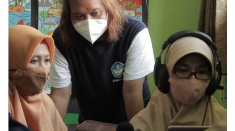 UMY Fasilitasi Guru SD Kembangkan Podcast Edukasi