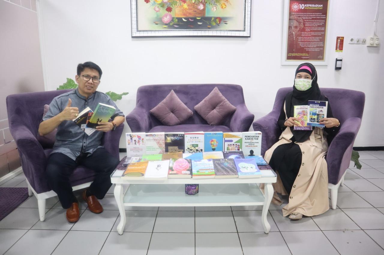 Wisudawan PPG UMM Luncurkan 22 Buku