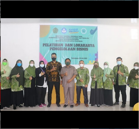 FEB UM Palembang Gelar Pelatihan Pengelolaan Bisnis